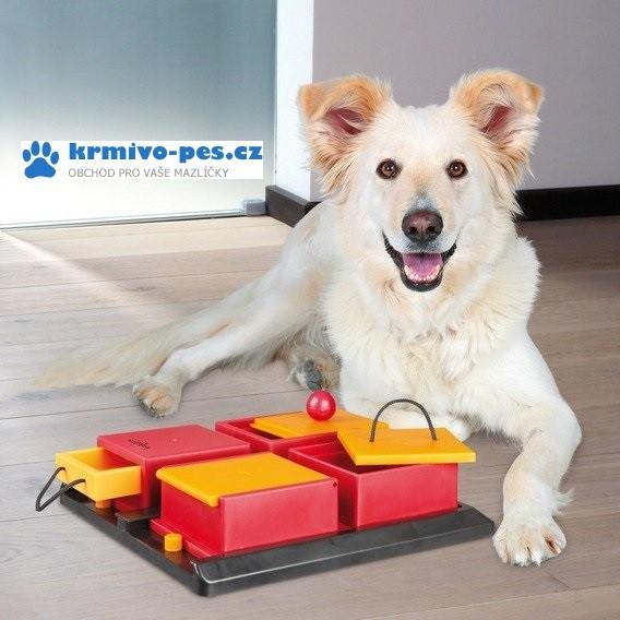 Hračka pes Dog Activity POCKER BOX 1 31x31cm TR